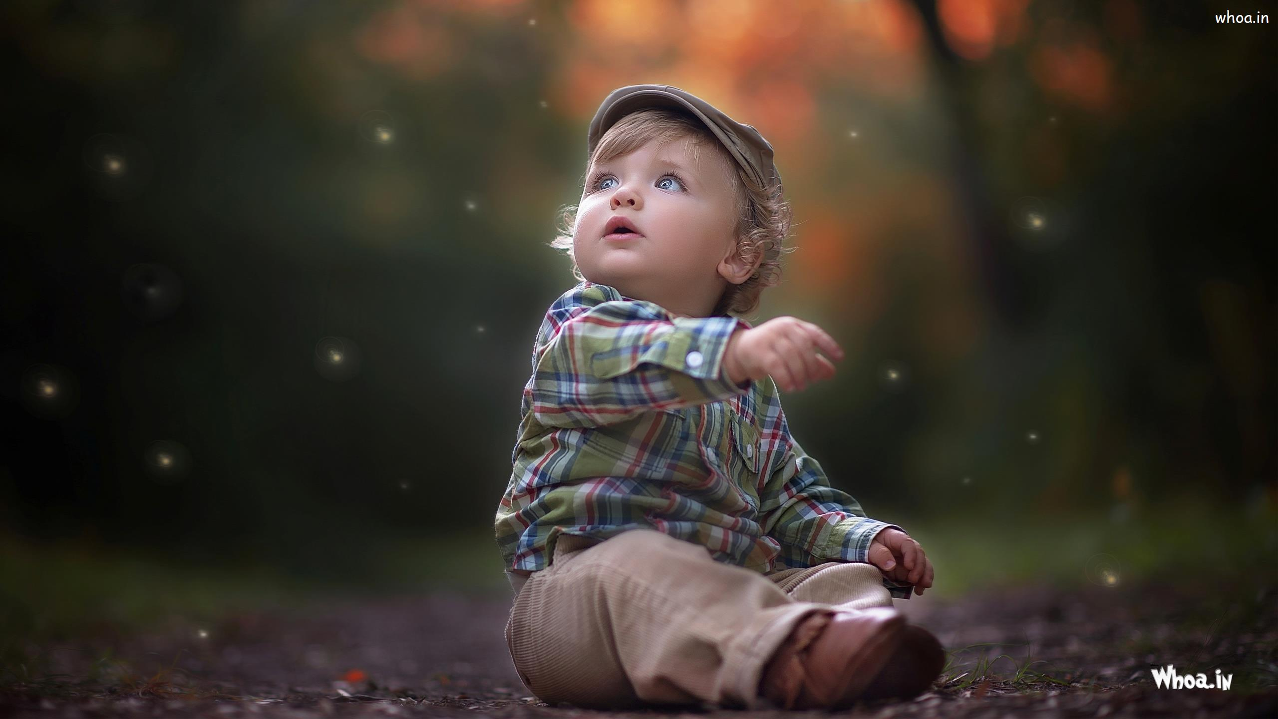 Alone Cute Little Child Hd Wallpaper