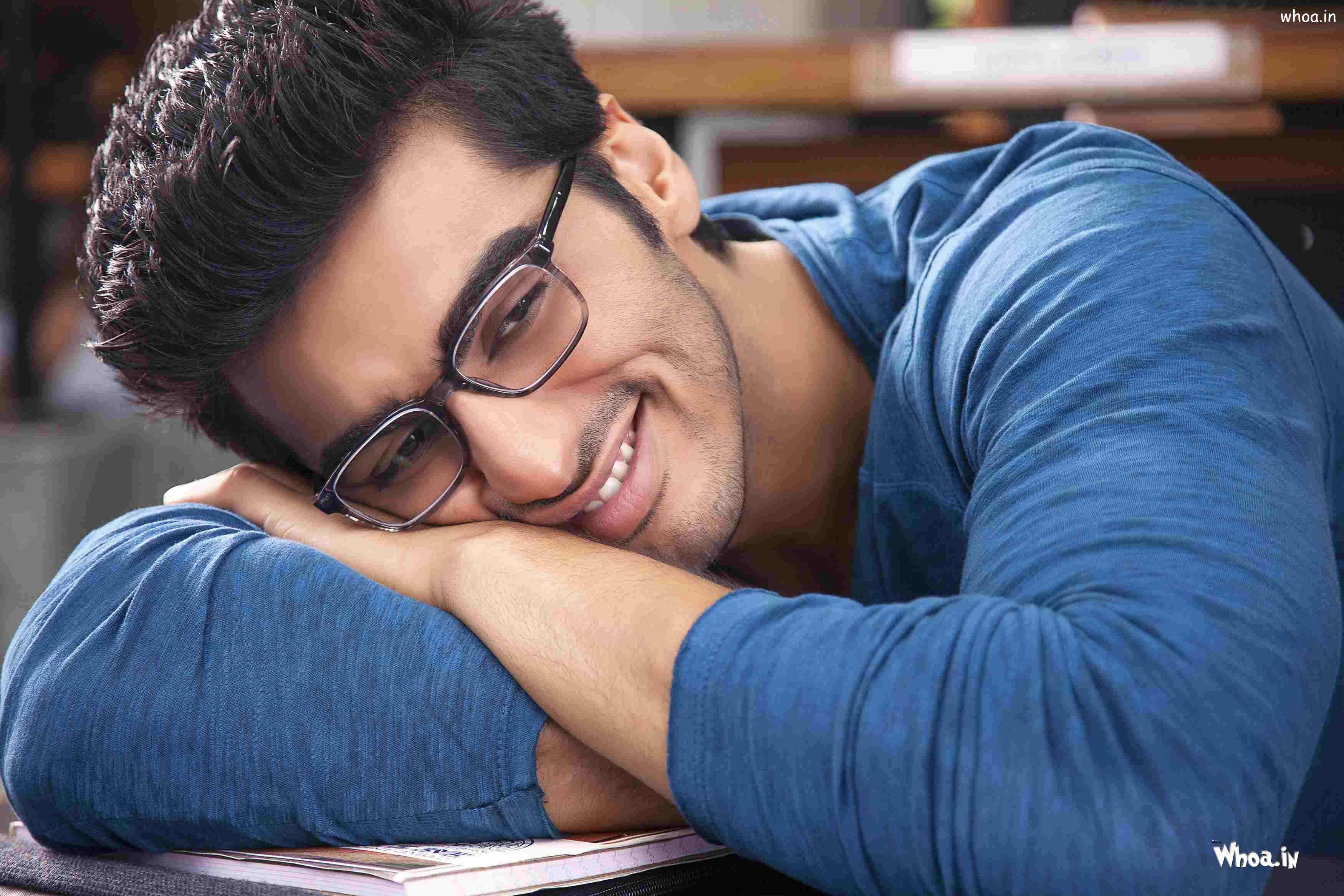 Download cute arjun kapoor smile hd wallpaper latest hd wallpaper - Arjun Kapoor In 2 States Hd Wallpaper