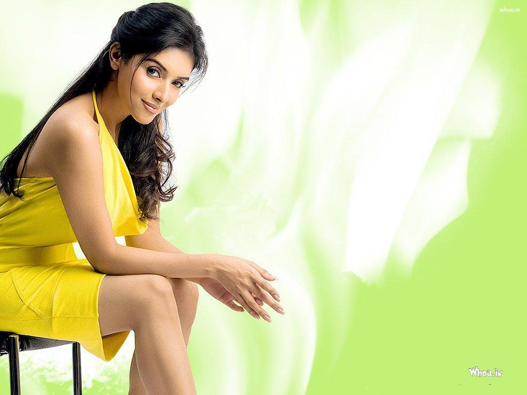 asin in yellow dress hd wallpaper