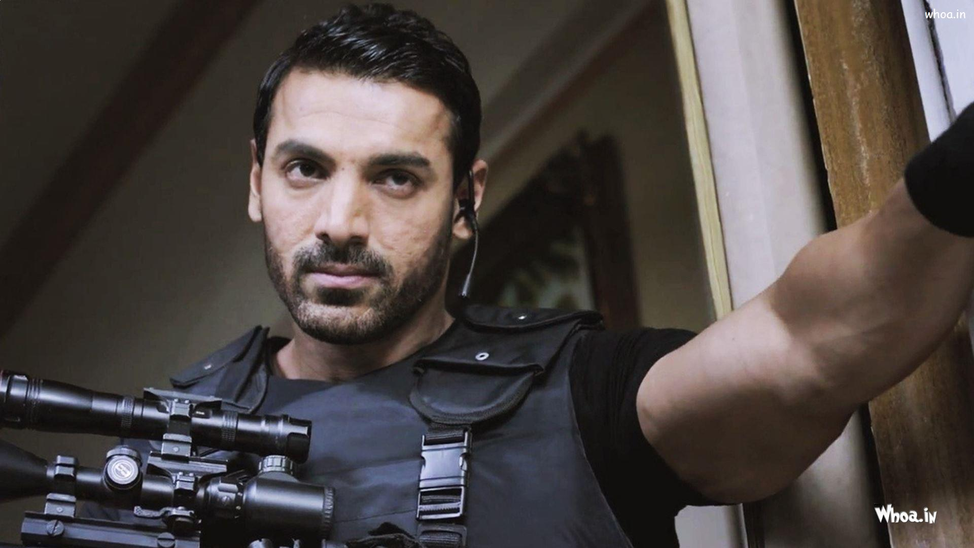 Wallpaper download john abraham - John Abraham With Gun In Wazir Movies Hd Wallpaper