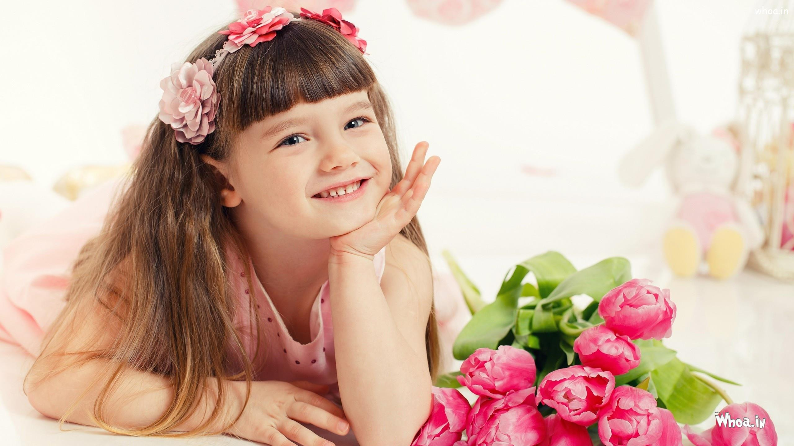 little baby girl smile with flowers hd cute baby wallpaper