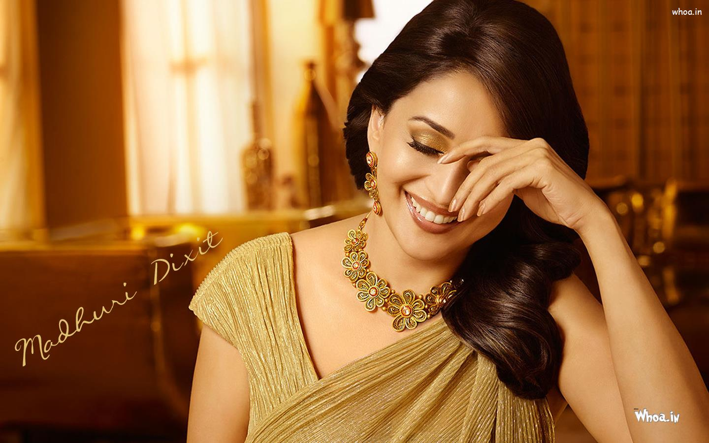Smile please! 10 photos of Madhuri Dixit Nene that prove she is ...