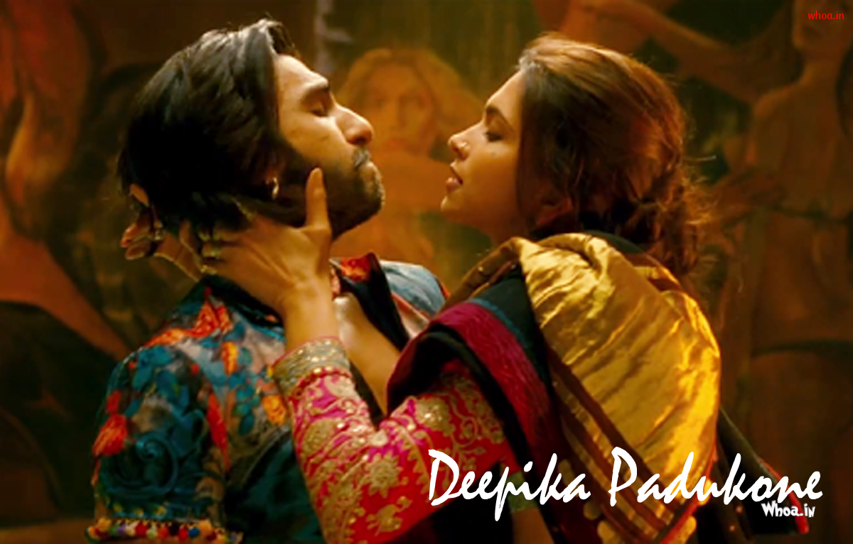 ranveer singh and deepika padukone romantic wallpaper of ram leela mo