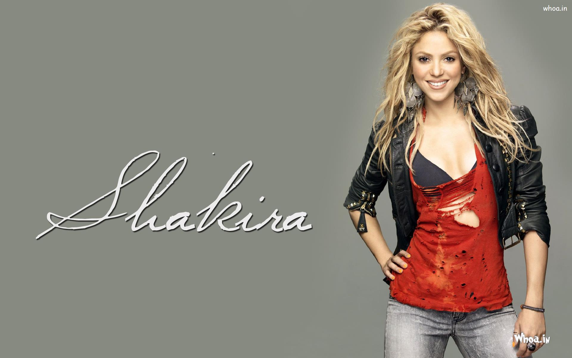 Shakira Wallpaper Wearing Black Jacket And Grey Jeans