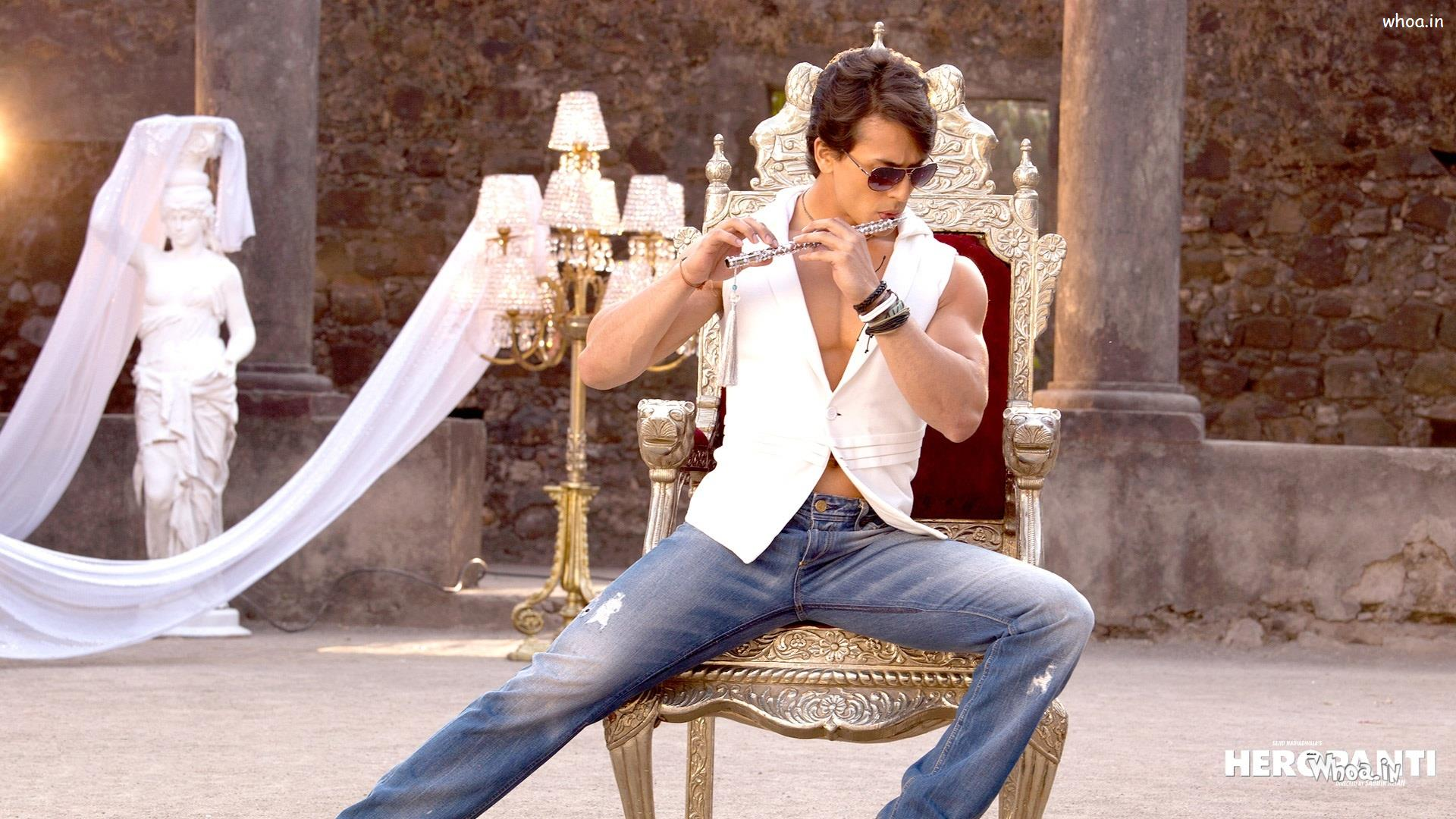 tiger shroff play flute in heropanti movies hd wallpaper